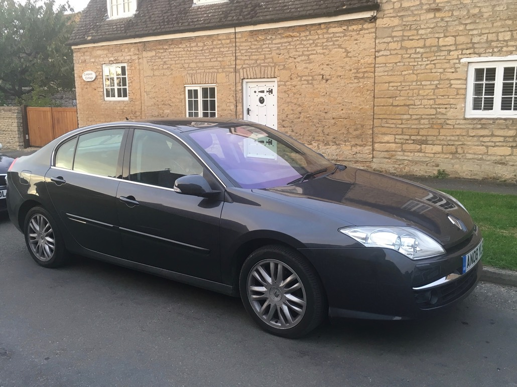 a beautiful car for sale renault laguna 3 initiale 2 0t 2 litre turbo. Black Bedroom Furniture Sets. Home Design Ideas